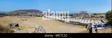 Mexico, Hidalgo state, Tula de Allende, Toltec archaeological site, view of the site - Stock Photo