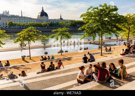 France, Rhone, Lyon, historical site listed as World Heritage by UNESCO, quay Victor Augagneur, Rhone River banks with a view of Hotel Dieu and Notre Dame de Fourviere Basilica - Stock Photo