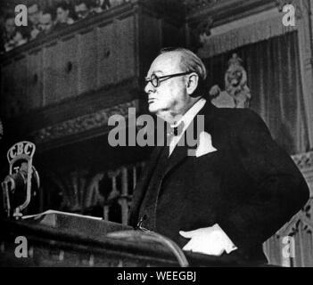 Winston Churchill addresses Canadian Parliamentarians in Ottawa. - Stock Photo