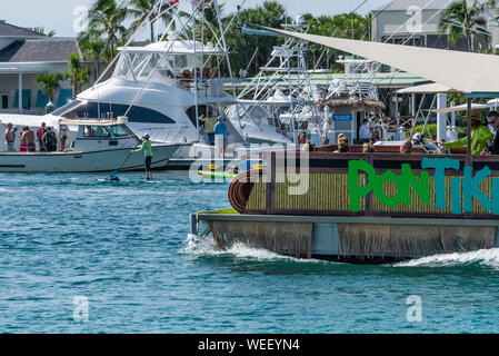 A variety of boating activities on the jewel-blue waters of the Jupiter Inlet in Northern Palm Beach County at Jupiter, Florida. (USA) - Stock Photo