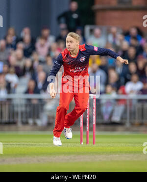 Manchester, UK. 30th August 2019; Emirates Old Trafford, Manchester, England; T20 Vitality Blast, Lancashire Lightning versus Leicestershire Foxes; Matthew Parkinson bowling for Lancs - Editorial Use Only Credit: Action Plus Sports Images/Alamy Live News