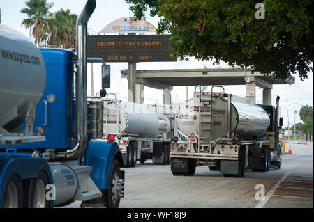 Fort Lauderdale, Florida, USA. 30th Aug, 2019. Fuel Tankers entering and leaving Port Everglades in Fort Lauderdale. Fuel demand in Florida is on the increase as residents stock up with gas in enticipation of Hurricane Dorian. Credit: Orit Ben-Ezzer/ZUMA Wire/Alamy Live News - Stock Photo