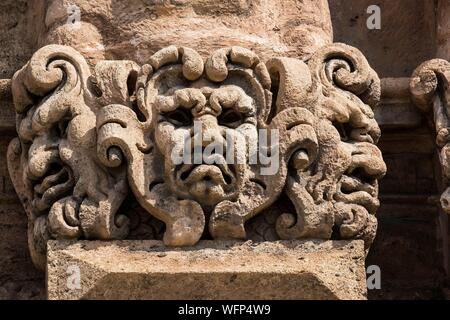 Italy, Sicily, Palermo, palace of the Norman kings, from 12th century, and before punic fortress, roman fort, castle of the arab emirs, and finally seat of the regional sicilian assembly, Porta Nuova - Stock Photo