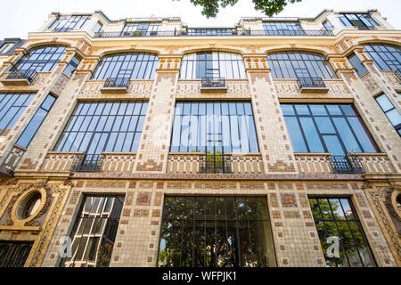 France, Paris, Montparnasse district, 3 Rue Campagne Première, building of lofts and artists - Stock Photo
