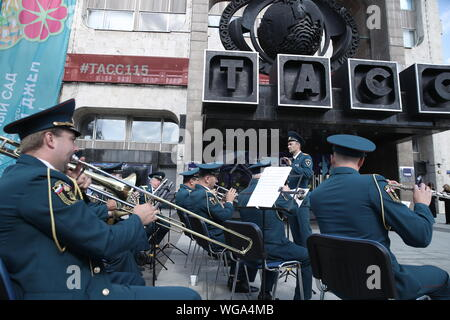 Moscow, Russia. 01st Sep, 2019. MOSCOW, RUSSIA - SEPTEMBER 1, 2019: A military band performs at an event marking the TASS Russian news agency's 115th birthday. Valery Sharifulin/TASS Credit: ITAR-TASS News Agency/Alamy Live News - Stock Photo