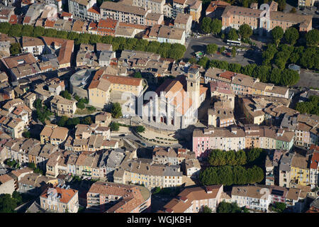 CATHEDRAL OF SAINT-JÉROME DE DIGNE (aerial view). Digne-les-Bains, Alpes de Haute-Provence, France. - Stock Photo