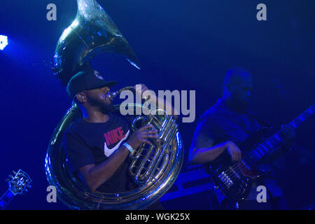 September 1, 2019, San Diego, CA, United States: Damon ''Tuba Gooding Jr.'' Bryson (L) and Mark Kelley (R) of The Roots perform. (Credit Image: © Rishi Deka/ZUMA Wire) - Stock Photo