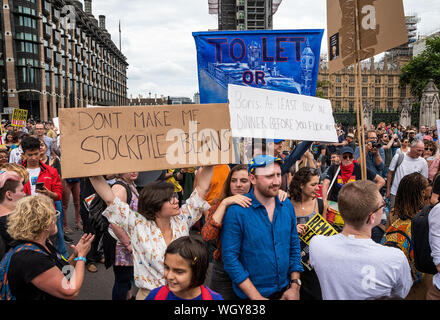 London, UK. 31st August 2019. Stop The Coup demonstration against PM Boris Johnson's use of prorogation to curtail parliamentary time and increase the chance of a Brexit no deal. Artmongers entertain protestors by Parliament Square to great applause. Credit: Stephen Bell/Alamy - Stock Photo