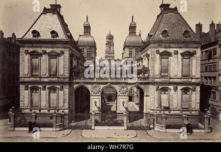 Vintage photograph of the Hotel de Ville, Lyon, France, 19th Century, c.1880, 19th Century. The city hall of the City of Lyon and one of the largest historic buildings in the city. - Stock Photo