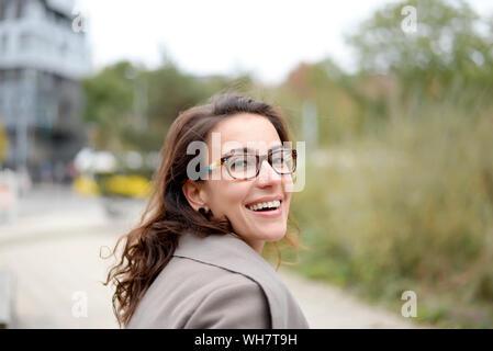 Geschäftsfrau in der Stadt - Stock Photo