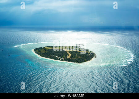 Aerial view of Lady Elliot Island with coral cay, Great Barrier Reef, Australia - Stock Photo