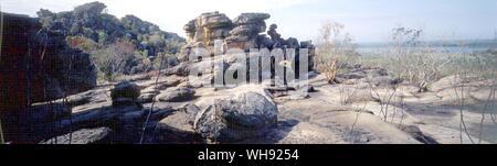 The edge of the Arnhem Land escarpment  Aboriginal freehold - Stock Photo