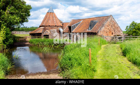 Preston Mill and Phantassie Doocot, as featured in Outlander TV series, East Lothian, Scotland, United Kingdom, Europe - Stock Photo