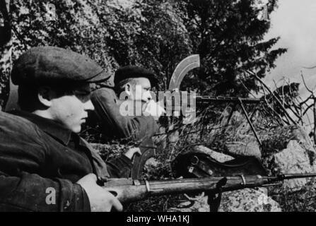 WW2: Russian partisans in ambush positions. Pskov region, 1941. The Great Patriotic War, 1941-45. - Stock Photo