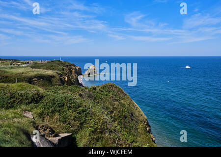 The bluffs scaled by the Rangers during the D-Day invasion at Pointe du Hoc in 1944 - Stock Photo