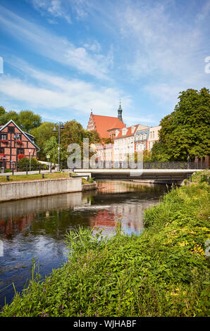 Brda river canal at Mlynska Island (Mill Island) in Bydgoszcz, Poland. - Stock Photo