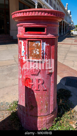 Old GR (King George) red postbox, Grahamstown (Makhanda), Eastern Cape, South Africa - Stock Photo