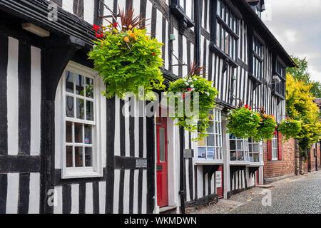 Ledbury town council offices. Timber framed period buildings along church lane, Ledbury, Herefordshire, England - Stock Photo