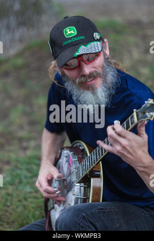 DES MOINES, IA /USA - AUGUST 10: Unidentified banjo player at the Iowa State Fair on August 10, 2014 in Des Moines, Iowa, USA. - Stock Photo