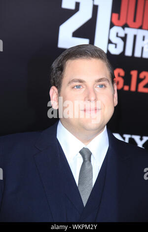 SMG1_NY1_LA_Jonah Hill_21Jump_031312_22.JPG LOS ANGELES, CA - MARCH 13: Jonah Hill at the premiere of Columbia Pictures' '21 Jump Street' at the Grauman's Chinese Theater on March 13. 2012 in Los Angeles, California. ( Credit: Storms Media Group/Alamy Live News - Stock Photo