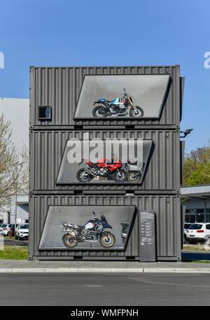 Schau-Container, BMW Motorradwerk, Am Juliusturm, Spandau, Berlin, Deutschland - Stock Photo
