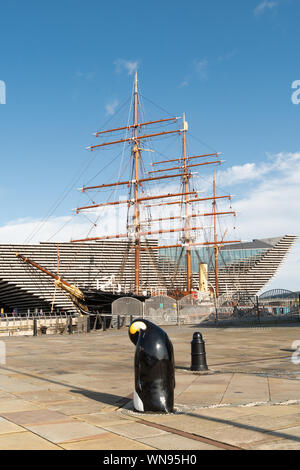 Dundee waterfront - RRS Discovery ship at Discovery Point with the V&A museum behind, Dundee, Scotland, UK - Stock Photo