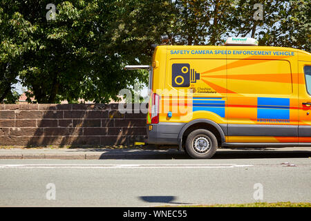 Cheshire Constabulary safety camera yellow speed enforcement camera van working in Warrington - Stock Photo