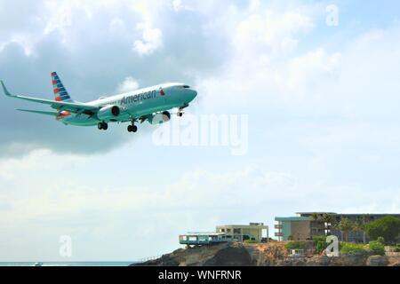 August 19th 2019: Low-flying American Airlines Boeing 737-823 N895NN coming in to land at SXM Princess Juliana International Airport, St Maarten.