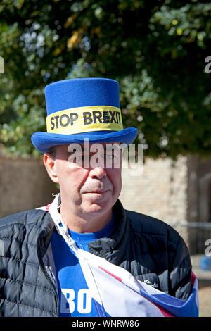 Steve Bray, activist, Mr Stop Brexit, Westminster, London, England, UK - Stock Photo