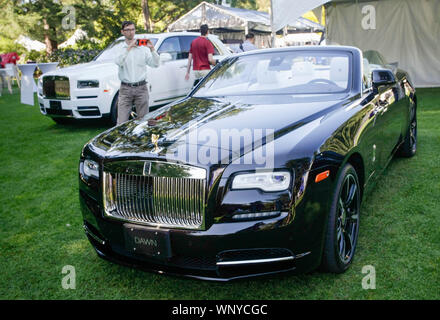 Vancouver, Canada. 6th Sep, 2019. A Rolls-Royce Dawn convertible is displayed during the media preview of the 10th annual Luxury and Super Weekend show in Vancouver, Canada, on Sept. 6, 2019. The 10th Luxury and Supercar Weekend is open to the public from Sept. 7 to Sept. 8, presenting makes like Rolls-Royce, Bugatti Veyron, etc. Credit: Liang Sen/Xinhua - Stock Photo