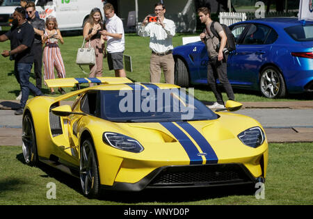 Vancouver, Canada. 6th Sep, 2019. A Ford GT is displayed during the media preview of the 10th annual Luxury and Super Weekend show in Vancouver, Canada, on Sept. 6, 2019. The 10th Luxury and Supercar Weekend is open to the public from Sept. 7 to Sept. 8, presenting makes like Rolls-Royce, Bugatti Veyron, etc. Credit: Liang Sen/Xinhua - Stock Photo