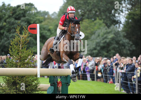 Stamford, UK, Saturday 7th September, 2019. Bruce Davidson Jr (USA) riding Jak My Style the Land Rover Burghley Horse Trials,  Cross Country phase. © Julie Priestley/Alamy Live News - Stock Photo