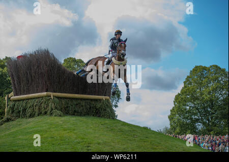 Stamford, UK, Saturday 7th September, 2019. Elisabeth Halliday-Sharp (USA) riding Deniro Z during the Land Rover Burghley Horse Trials,  Cross Country phase. © Julie Priestley/Alamy Live News - Stock Photo