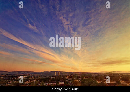 Glasgow, Scotland, UK. 8th September, 2019.  UK Weather great sky dawn over the  north city suburbs of bearsde, drumchapel  and the campsie fell hills  of the city. Credit: Gerard Ferry/ Alamy Live News - Stock Photo