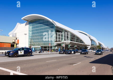 San Jose, California – April 10, 2019: Terminal B of San Jose airport (SJC) in the United States. - Stock Photo
