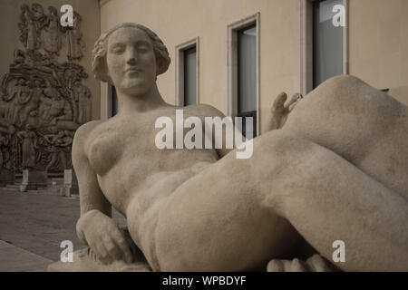 Paris, Palais de Tokyo, Skulptur - Stock Photo