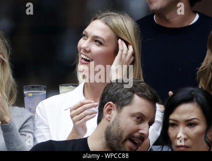 Flushing Meadow, New York, USA. 08th Sep, 2019. Karlie Kloss watches the Men's Final in Arthur Ashe Stadium at the 2019 US Open Tennis Championships at the USTA Billie Jean King National Tennis Center on Sunday, September 8, 2019 in New York City. Photo by John Angelillo/UPI Credit: UPI/Alamy Live News - Stock Photo