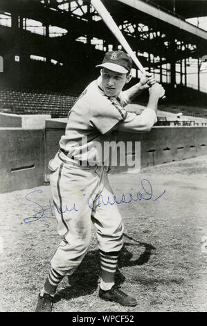 Autographed photo of Hall of Fame baseball player Stan Musial with the St. Louis Cardinals. - Stock Photo