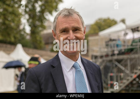 College Green, Westminster, London, UK. 9th Sep, 2019. Nigel Evans, British Conservative Party politician on College Green. Joint Executive Secretary of the 1922 Committee since 2017. Served as Member of Parliament for the Ribble Valley in Lancashire since 1992. Credit: Penelope Barritt/Alamy Live News - Stock Photo