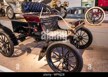Dearborn, Mi, Usa - March 2019: The 1903 Oldsmobile runabout presented in the Henry Ford Museum of American Innovation. - Stock Photo