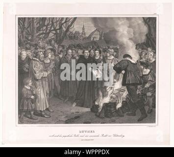 Luther verbrennt die päpstliche Bulle und das canonishe Recht vor Witteneberg, am 10 December 1520 / v. Löwenstern exc. - Stock Photo