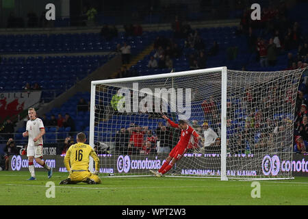 Cardiff, UK. 09th Sep, 2019. Gareth Bale of Wales ends up in the back of the net after he chips Belurus goalkeeper Plotnikov from close range but his shot at goal goes over the crossbar. Wales v Belarus, international challenge friendly international football match at the Cardiff city stadium in Cardiff, South Wales on Monday 9th September 2019. Editorial use only. pic by Andrew Orchard/Andrew Orchard sports photography/Alamy Live News Credit: Andrew Orchard sports photography/Alamy Live News - Stock Photo