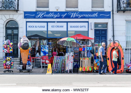 Hedley's of Weymouth, seaside gift shop at Weymouth in Dorset, England, UK - Stock Photo