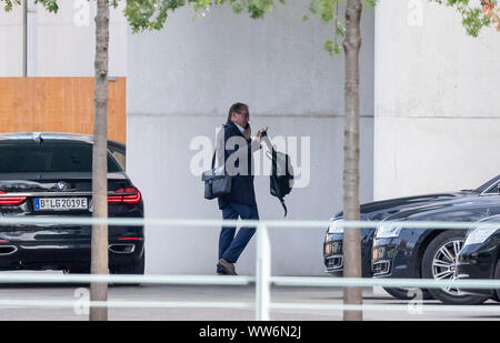 Berlin, Germany. 13th Sep, 2019. Alexander Dobrindt, chairman of the CSU regional group in the German Bundestag, arrives at the Federal Chancellery for a working meeting of the Union and SPD on climate protection. One week before the Climate Cabinet decides on a large package of measures, the leaders of the CDU/CSU and SPD will meet for another working session. Credit: Christoph Soeder/dpa/Alamy Live News - Stock Photo