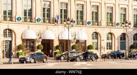 France, Paris, city centre, Place Vendôme, Hotel Ritz, luxury hotel - Stock Photo