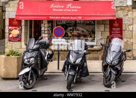France, Brittany, Finistère Department, Pont-Aven, Biscuiterie - Stock Photo