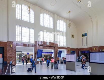 Salzburg, railway main station Salzburg Hauptbahnhof, entrance hall, Flachgau, Salzburg, Austria - Stock Photo