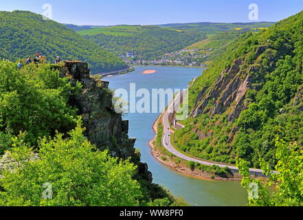 Rhine valley south of the Loreley rock with view towards Oberwesel, Rhine, Middle Rhine valley, Rhineland-Palatinate, West Germany, Germany - Stock Photo