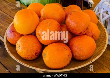 Bowl of oranges - Stock Photo