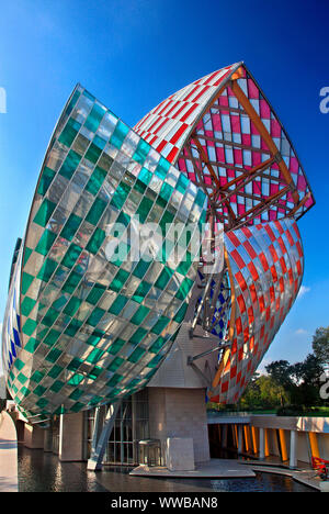 The bulding of the Louis Vuitton Foundation (designed by the architect Frank Gehry)Boulogne, in the 16th Arrondissement of Paris, France - Stock Photo